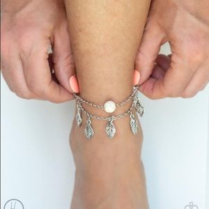 New! Paparazzi Earthy Explorer White Anklet